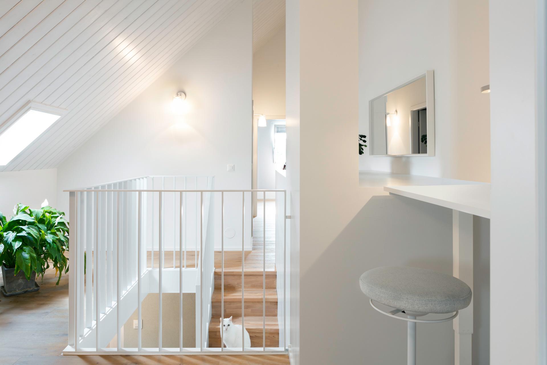Aménagement de combles - home office - shape architecture Lausanne